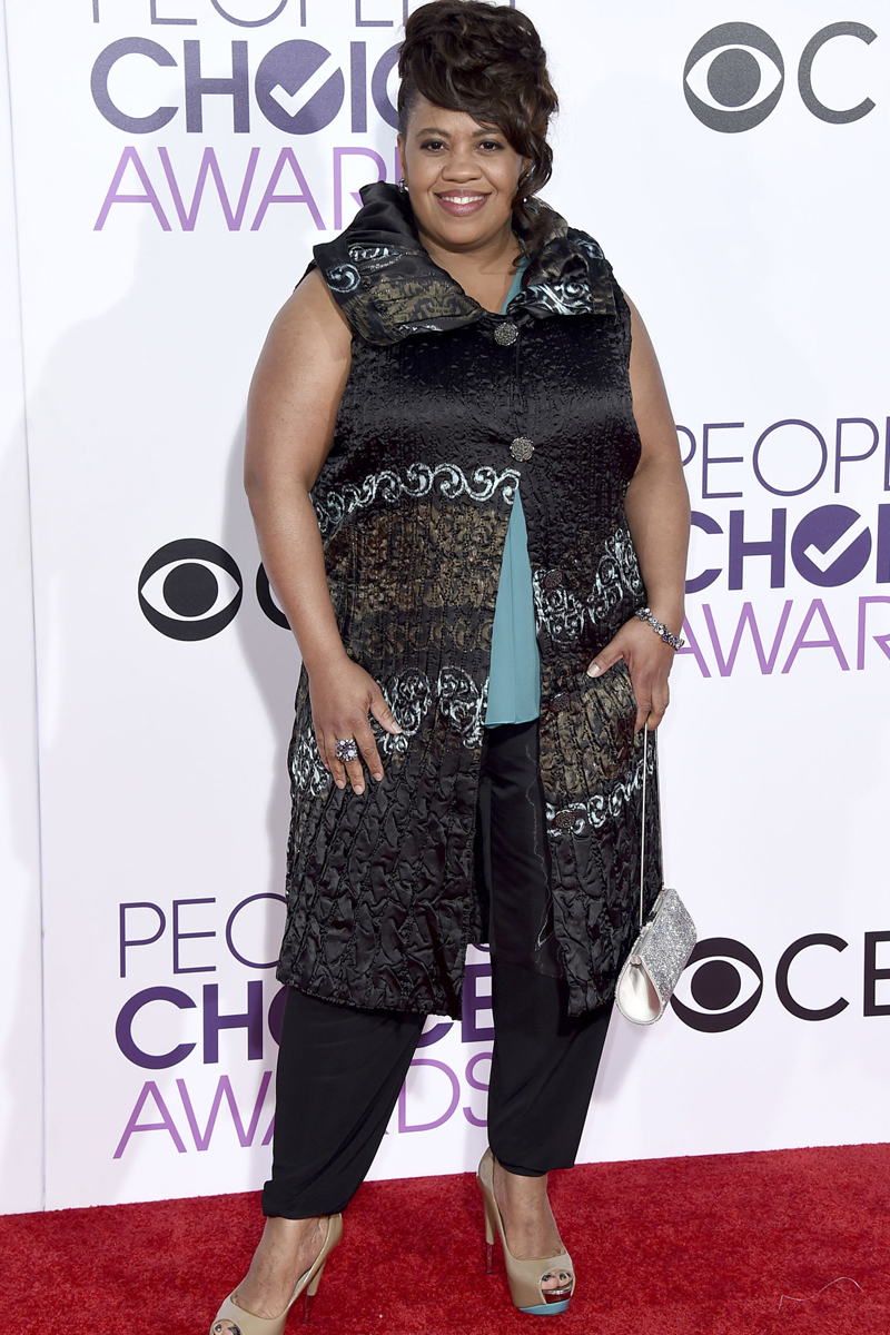 Chandra Wilson arrives at the People's Choice Awards at the Microsoft Theater on Wednesday, Jan. 18, 2017, in Los Angeles. (Photo by Jordan Strauss/Invision/AP)
