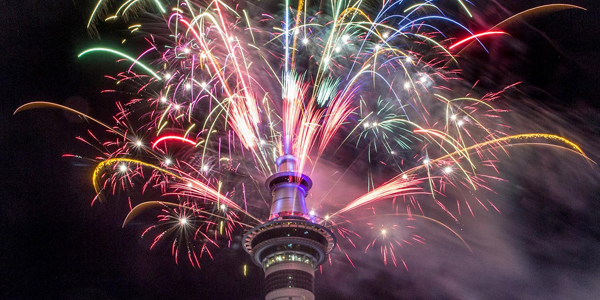 Fireworks explode from Auckland's Sky Tower as the new year is welcomed to New Zealand, Jan 1, 2017. (Peter Meecham/New Zealand Herald via AP)